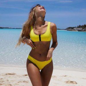 Scoopneck Zipper Bikini